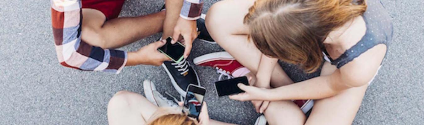 Spoznajte navade najstnikov v digitalnem svetu